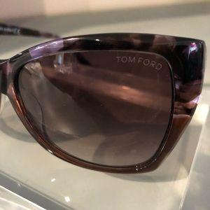 a4b5e0e89756 Tom Ford Accessories - Tom Ford TF 295 55z Carli Sunglasses